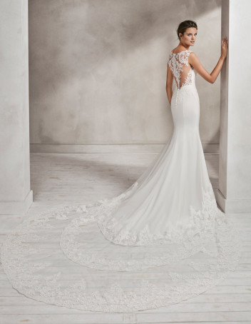 bridal-fashion-Luna-Novia