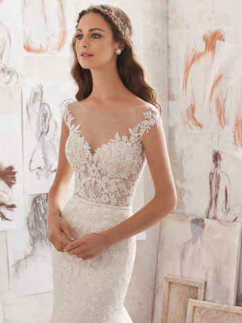 bridal-fashion-Mori-Lee-Blu
