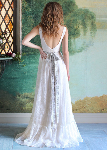 bridal fashion Claire Pettibone